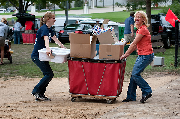 Families help their students move into the residents halls.